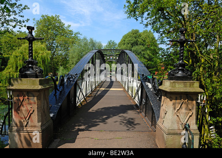 Andresey Bridge, an iron bridge over the River Trent built in 1884, in the park of Burton upon Trent, Staffordshire, - Stock Photo