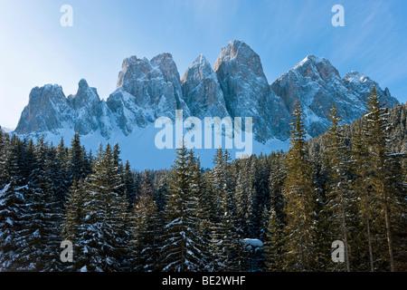 Winter landscape, Le Odle Group/Geisler Spitzen, Val di Funes, Italian Dolomites mountains, Trentino-Alto Adige, - Stock Photo
