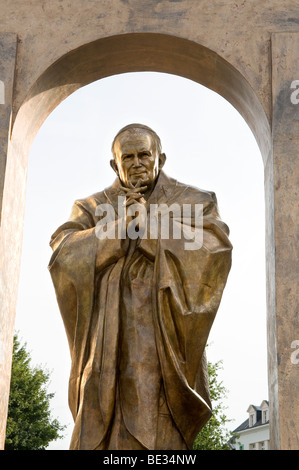 Pope John Paul II statue in Ploermel, Bretagne, France - Stock Photo