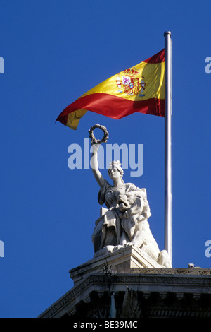 National flag and statue at the National Library, Biblioteca Nacional, also a museum, Museo del Libro, Paseo de - Stock Photo