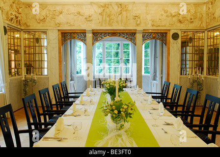 Festively laid table, table decoration - Stock Photo