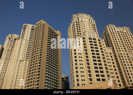 Tower blocks on Jumeirah Beach in Dubai - Stock Photo