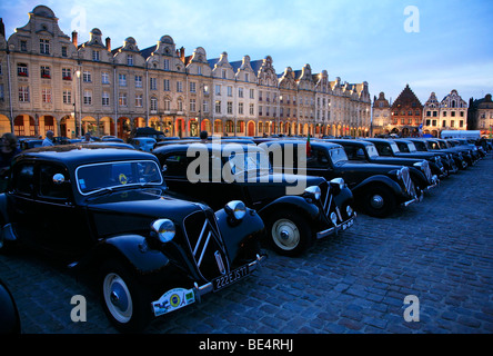 75 years of citroen traction avant in arras july 2009 stock photo 25912005 alamy. Black Bedroom Furniture Sets. Home Design Ideas