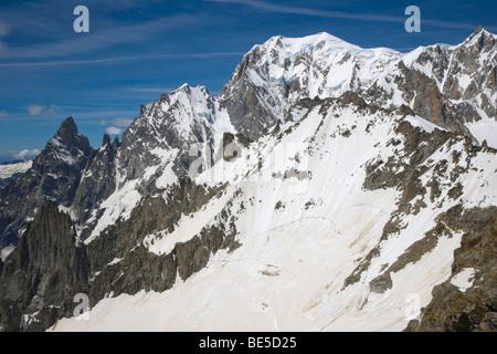 Aiguille Noire de Peuterey, Aiguille Blanche de Peuterey, Mont Blanc, Mont Blanc de Courmayeur, Mont Maudit summits, - Stock Photo