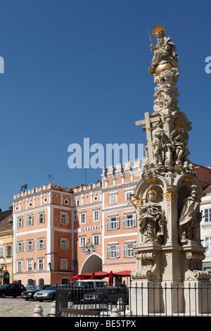 Main Square with Trinity Column and Verderberhaus in Retz, Weinviertel, Lower Austria, Austria, Europe - Stock Photo