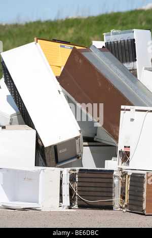 Home appliances going to recycling - Stock Photo