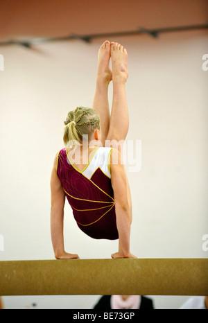 Cup competition, balance bar, children's gymnastics, Internationales Deutsches Turnfest, International German Gymnastics - Stock Photo