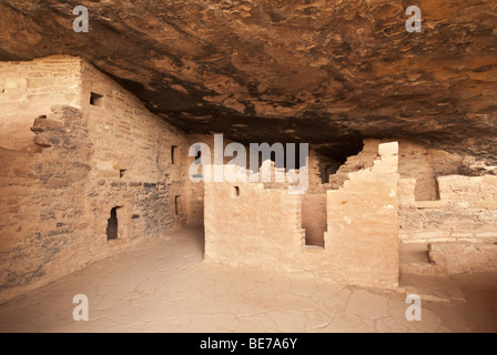 Colorado Mesa Verde National Park Spruce Tree House cliff dwelling - Stock Photo