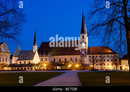 Heilige Kapelle holy chapel and collegiate church Saint Philipp and Jakob, Altoetting, Upper Bavaria, Germany, Europe - Stock Photo