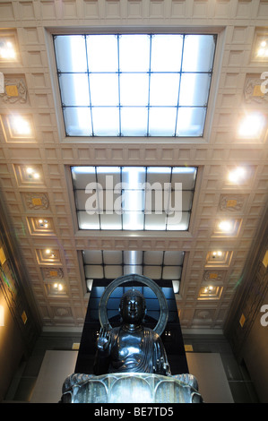 Interior of the Cernuschi museum, a small museum dedicated to Asian arts near Parc Monceau in Paris, France. - Stock Photo
