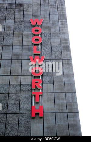 Headquarters of the Woolworth Deutschland GmbH company in Frankfurt am Main, Hesse, Germany, Europe - Stock Photo