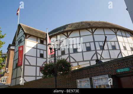 Shakespear Globe Theatre Bankside London GB UK - Stock Photo