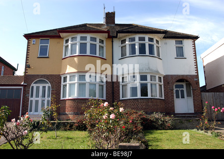 Late 1920's 1930's style semi detached House - Stock Photo