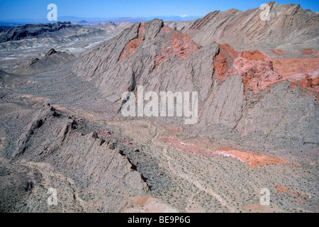 Hogback ridge, Bowl of Fire area, an eroded anticline, Lake Mead National Recreation Area, northeast of Las Vegas, - Stock Photo