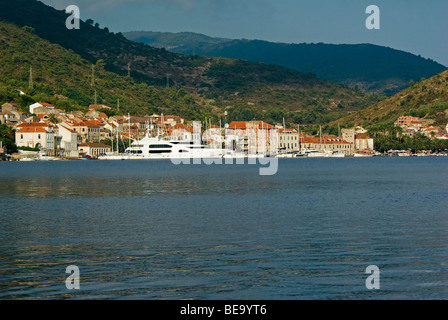 Croatia; Hrvartska; Kroatien, Central Croatia, Laka, charter sail and power yacht tied up at water front of old - Stock Photo