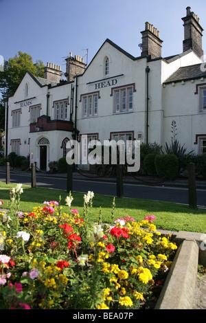 Village of Disley, England. The 19th century Rams Head public house at Disley. - Stock Photo