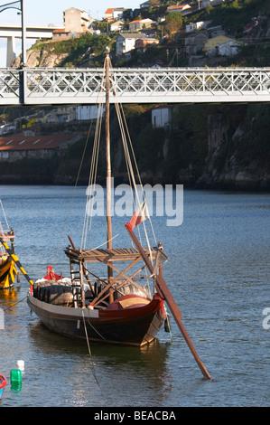 barco rabelo shipping boat porto portugal - Stock Photo