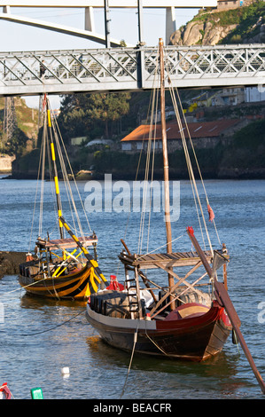 barco rabelo shipping boat porto portugal - Stock Photo