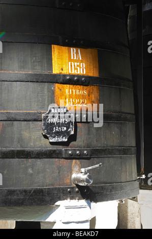 sign on tank sandeman port lodge vila nova de gaia porto portugal - Stock Photo