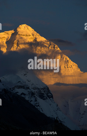 Mount Everest at sunset viewed from Base Camp, Tibet. - Stock Photo