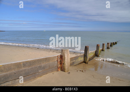 Sea defences, Cei Bach beach, Newquay, Wales - Stock Photo