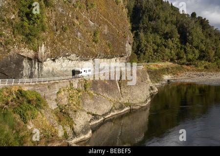 Campervan, Hawks Crag, Buller Gorge, State Highway 6 near Westport, West Coast, South Island, New Zealand - Stock Photo