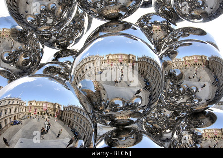 Sculpture by Anish Kapoor in front of The Royal Academy, Piccadilly, City of Westminster, London, England, United - Stock Photo