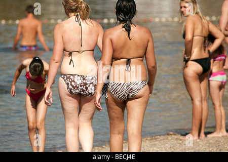 Girls butthole at beach