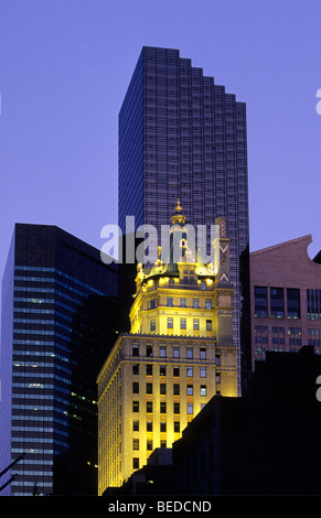 Trump Tower and Crown Building, Midtown Manhattan, New York City, USA - Stock Photo