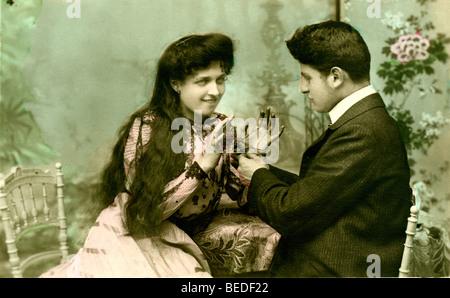Historic photograph, flirt, around 1915 - Stock Photo