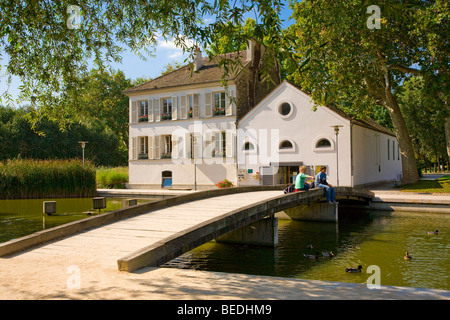 BERCY PARK, PARIS - Stock Photo