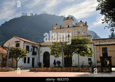 Kirche Nuestra Senora de las Aguas and Monserrate Mountain, Bogota, Kolumbien, Suedamerika - Stock Photo