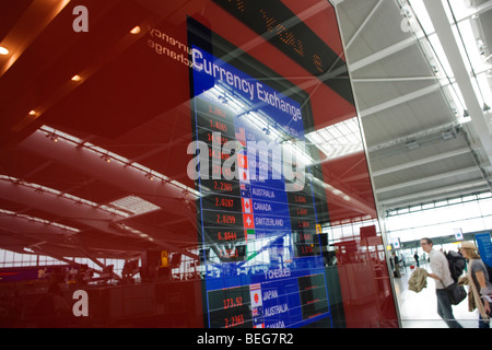 bureau de change foreign currency exchange shop in nampodong busan stock photo 136558739 alamy. Black Bedroom Furniture Sets. Home Design Ideas