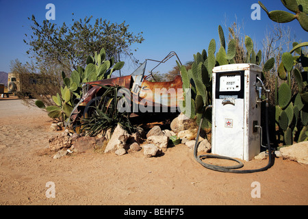 old car and gas pump, Solitaire petrol station - Stock Photo