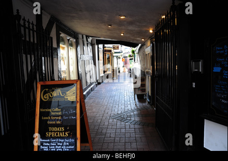 Alleyway in Nantwich Cheshire - Stock Photo