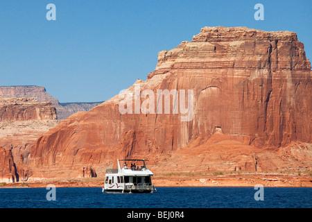 Houseboat on Lake Powell, Glen Canyon National Recreation Area, Utah - Stock Photo