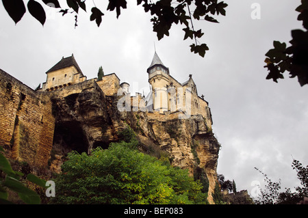 Chateau de Montfort in Vitrac . - Stock Photo