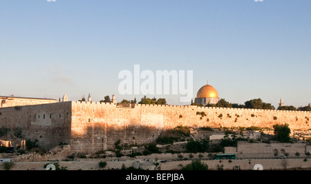 Israel, Jerusalem, View of Temple Mount and the Old City from Mount Olives - Stock Photo