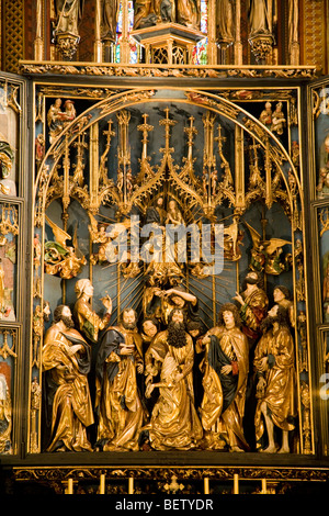 Centre section of altarpiece by Veit Stoss in the nave of St Marys Basilica, Krakow, near the East wall & apse. - Stock Photo
