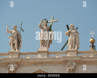 Statues of Jesus and the saints on St Peter's Basilica, Vatican City, Rome, Italy - Stock Photo