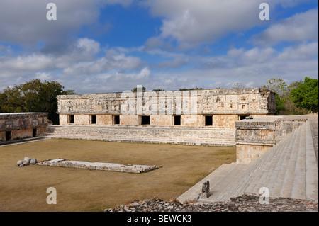 View to the inner yard of the Nunnery Quadrangle (Cuadrangulo de las Monjas) at the Maya ruin site of Uxmal, Yucatan, - Stock Photo