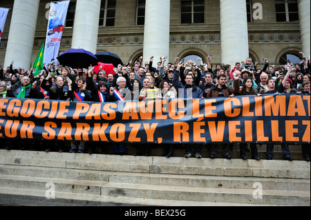 Paris, France, Crowd of French Demonstration 'Flash Mob' of Environmentalists to 'Wake up' French President Ecologists, - Stock Photo