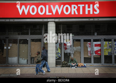 High street store Woolworths which closed following the ...