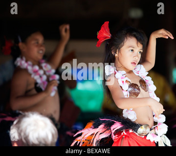 Young polynesian dancers on Rarotonga in The Cook Islands in The South Pacific - Stock Photo