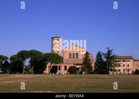 Church In Ravenna Stock Photo 26196432 Alamy