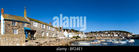 A panoramic view of the harbor in the old fishing [Mousehole village] Cornwall - Stock Photo