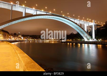 Ponte da Arrabida at night - Stock Photo