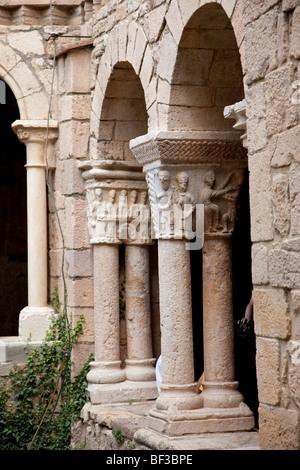Spain, Alquezar, cloister of the collegiate church - Stock Photo