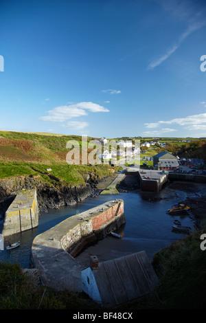 Porthgain Harbour, Pothgain, West Wales, UK - Stock Photo