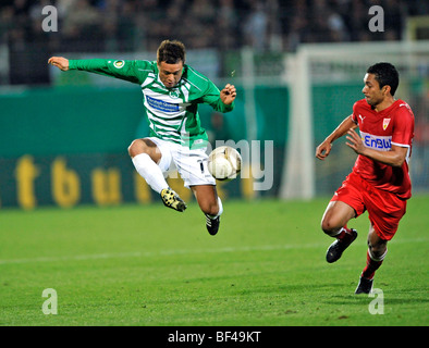 Duel, Stephan Schroeck, SpVgg Greuther Furth, vs. Elson, VfB Stuttgart, right - Stock Photo